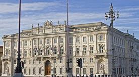 Palazzo del Lloyd Triestino - >Trieste