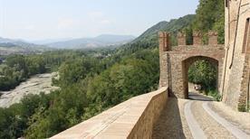 Porta di Sasso - >Castell'Arquato