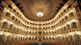 Teatro Comunale di Bologna - >Bologna