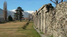 Cinta Muraria Romana - >Aosta