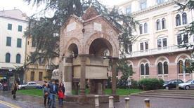Tomba di Antenore - >Padova