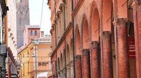 Palazzo Gaudenzi Gia dal Monte - >Bologna