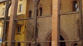 Casa Isolani - >Bologna