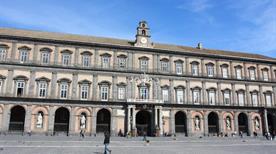Palazzo Reale - >Napoli