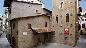 Casa di Dante Alighieri - >Firenze