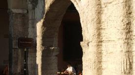 Porta Borsari - >Verona