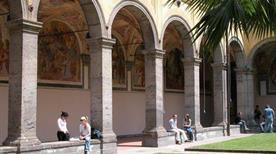 Museo di Anatomia Veterinaria - >Napoli