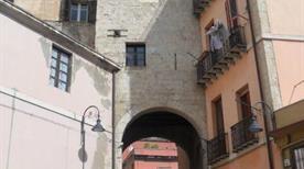 Porta degli Alberti - >Cagliari