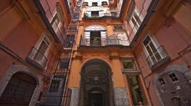 Palazzo Ruffo di Bagnara - >Napoli