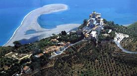 Zona archeologica di Tyndaris - >Patti
