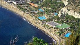 Spiaggia - >Forio