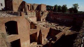 Palatino: Domus Flavia - >Rome
