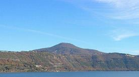 Monte Cavo - >Rome