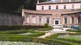 Villa Madama - >Rome