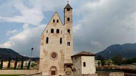 Chiesa di Sant'Apollinare - >Trento