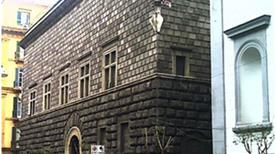 Palazzo Como - >Napoli