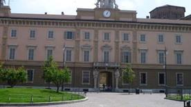 Palazzo Vescovile - >Piacenza