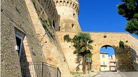 Fortezza di Acquaviva - >Acquaviva Picena
