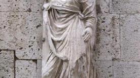 Statua di Kinzica - >Pisa