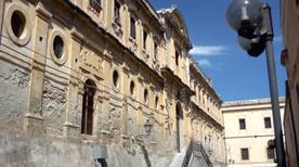 Ex Monastero San Tommaso - >Noto