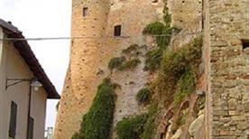 Castello Castiglione - >Castiglione Falletto