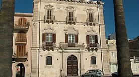 Palazzo settecentesco dei Marchesi d'Amico - >Milazzo