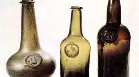 Museo Storico del Vetro e della Bottiglia J. F. Mariani - >Montalcino