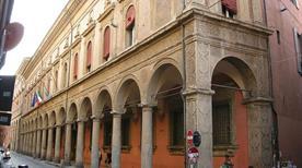 Palazzo Malvezzi Campeggi - >Bologna