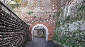 Porta Catena - >Verona