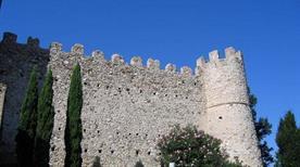 Castello di Moniga  - >Moniga del Garda