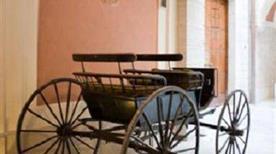 Museo delle Carrozze - >Trani