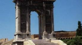 Arco di Traiano - >Ancona