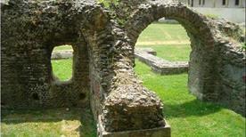 Anfiteatro Romano - >Arezzo
