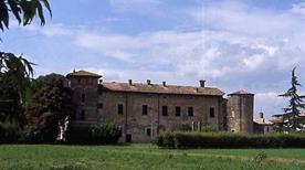 Castello di Case Bruciate  - >Carpaneto Piacentino