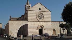 Basilica di Santa Chiara - >Assisi