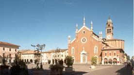 Basilica di Santa Maria delle Grazie - >Cortemaggiore