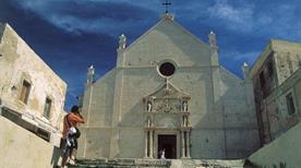 Abbazia di S. Maria a Mare - >Isole Tremiti