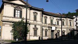 Palazzo del Senato - >Milano