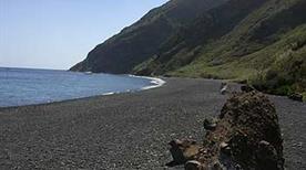 Spiaggia di Scari - >Stromboli