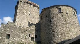 Castello dei Fieschi - >Varese Ligure