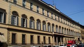 Palazzo Borromeo d'Adda - >Milano