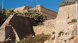 Forte Monte Bello ruderi - >Portoferraio