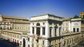 Palazzo Colonna - >Rome