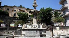 Fontana Falconieri - >Messina