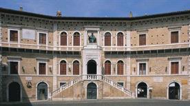 Pinacoteca-Civica - >Fermo
