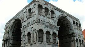 Arco di Giano - >Rome