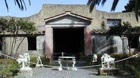 Casa dei Cervi - >Ercolano