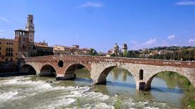 Ponte Pietra - >Verona
