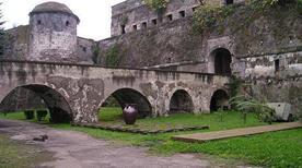 Castello di Carlo V - >Capua