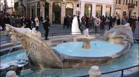 Fontana della Barcaccia - >Rome
